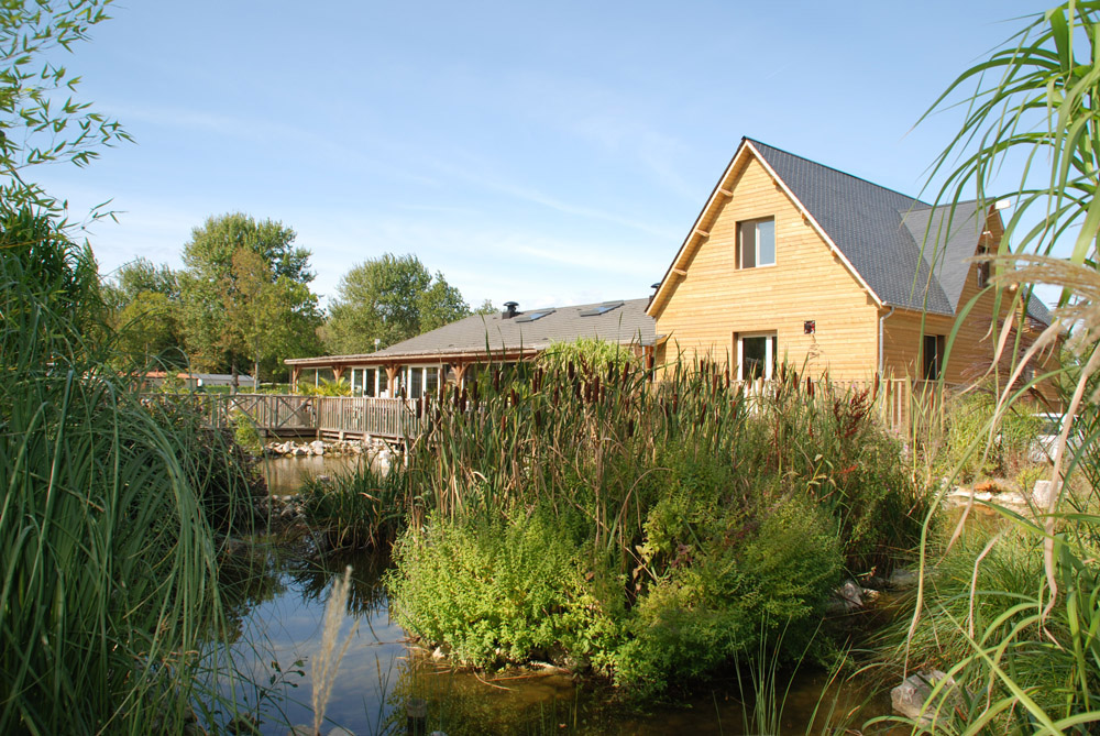 Camping en baie de somme avec piscine et prestations haut for Brasserie le jardin