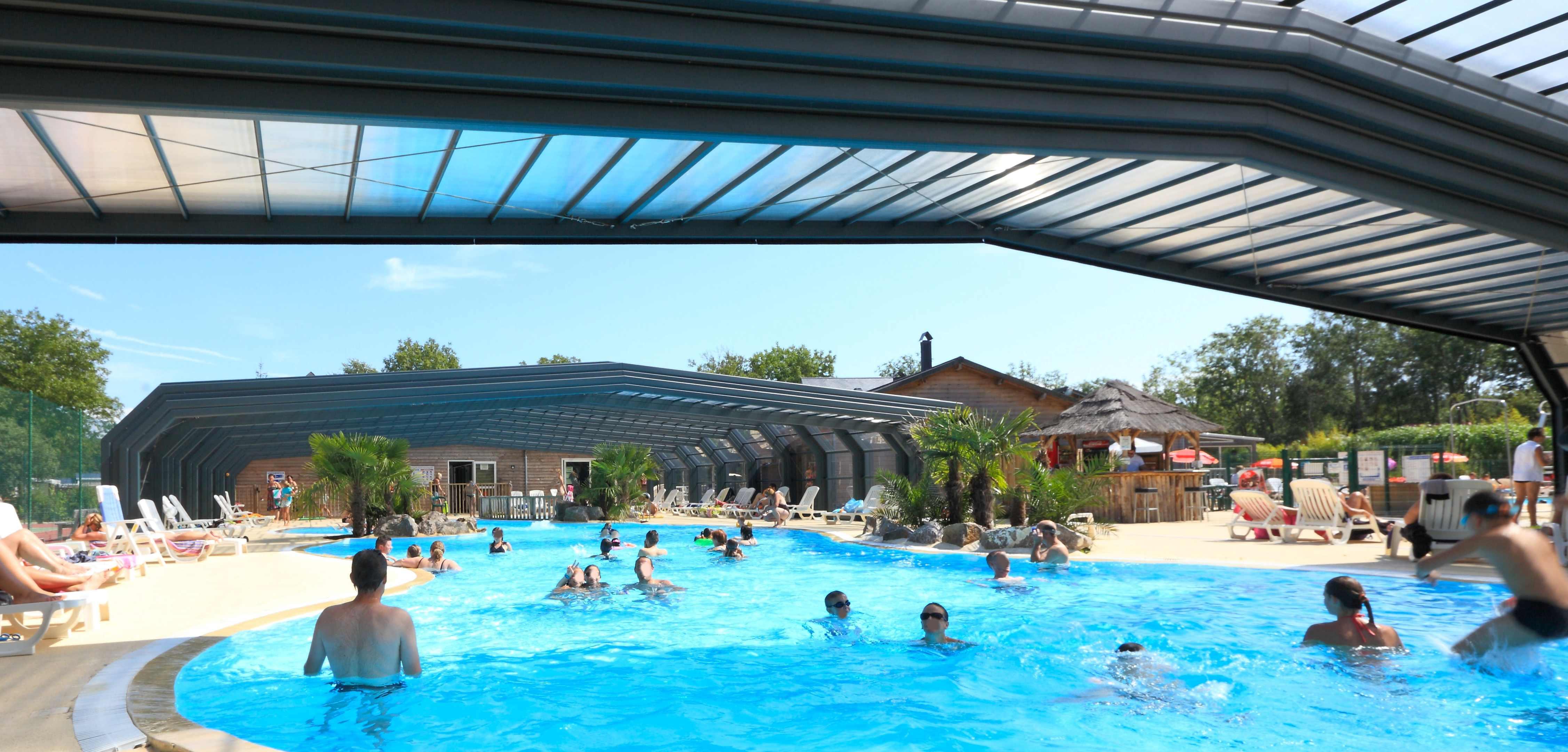 Piscines couvertes chauff es en baie de somme au camping for Camping quend plage avec piscine
